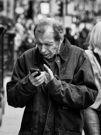 Texting. Upclose Street Photography Upclosestreetphotography Streetphotography Street Street Photography Monochrome Blackandwhite Blackandwhite Photography . Up Close Street Photography