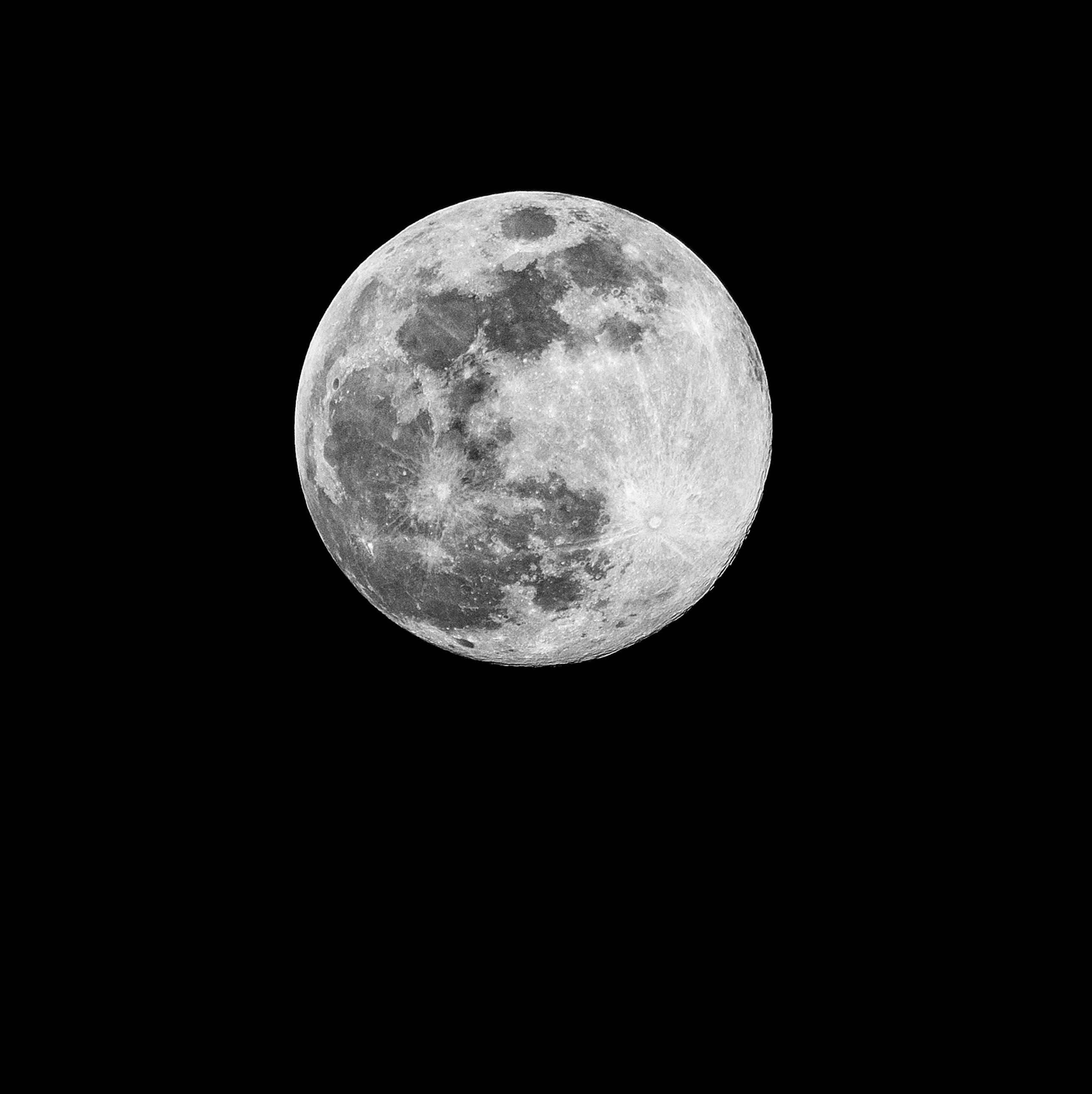 astronomy, space, night, moon, sky, planetary moon, circle, moon surface, geometric shape, beauty in nature, shape, no people, full moon, scenics - nature, nature, tranquility, copy space, low angle view, majestic, dark, outdoors, black background, astrology, moonlight, space and astronomy