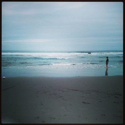 沙軟風涼海漂亮。