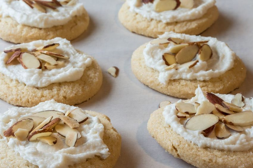 Almond sugar cookies Cookie Indulgence Baked Goods Almond Sugar Cookies Slivered Nuts Frosted Iced Photooftheday Foodphotography Easy No Bake