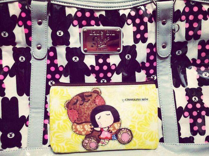 Chocolate Rain make-up bag and Babe Blu tote bag! Very cute! Bag Colorsplash Handbag  Eye4photography  Totebag Chocolate Rain Babe Blu Extravaganza