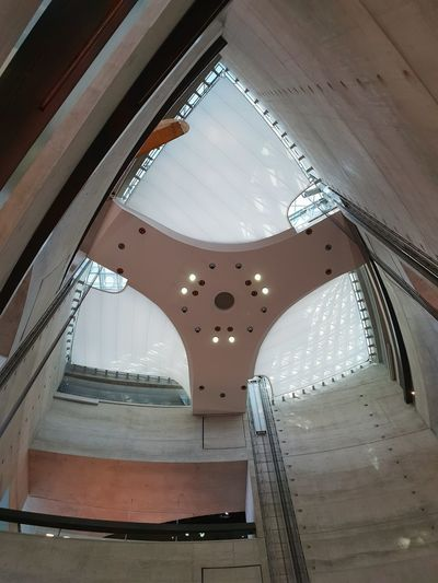 Futuristic lookup The Architect - 2018 EyeEm Awards No People Lovely View Beautiful Place The Architect - 2018 EyeEm Awards Windows Triangle Shape Symmetrical Architecture Shades Of Grey Skyscraper Interior Design Happiness Modern Architecture Modernism Façade City Modern Illuminated Luxury Arch Ceiling Futuristic Architecture Built Structure Skylight Architectural Design Architecture And Art Architectural Detail Geometric Shape LINE