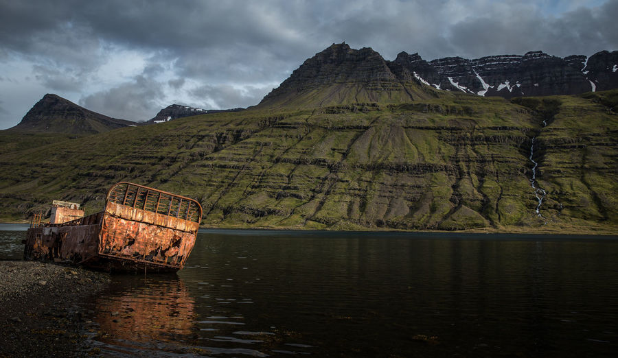 A boat wreck