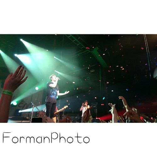 Formanphoto Hoodiemob Concert Comment like follow tag shoutout htcone android hoodieallen