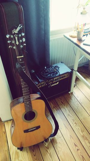 Guitar Musical Instrument No People Marshall Amp Microphone Singer/Song Writer Onemanshow