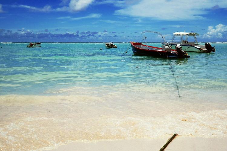 Hello World Taking Photos Enjoying Life Life Is A Beach Boats Holiday Enjoying The Sun Barbados Beautiful Surroundings Water Reflections