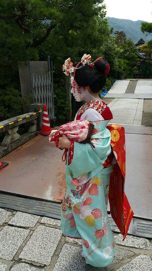 Keisha Maikosan Taking Photos Hello World Japan Travelling