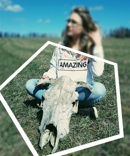 Spooky Outdoors Day Human Body Part Rural Scene Close-up Nature Adult People Cute Summer