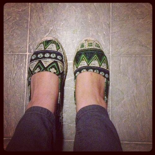 Got a lot of compliments for my shoes today :) Ithoughtishouldshare Lovemyshoes Prettyawesome Andconffy thanksmargot :)