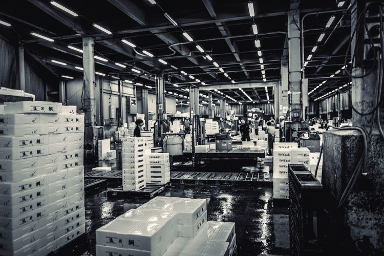 Tsukiji Monochrome Memory Indoors  Architecture Factory Industry Built Structure Industrial Equipment Business Technology Equipment Machinery Men Large Group Of Objects Day Ceiling Occupation Domestic Room Metal Warehouse People Flooring