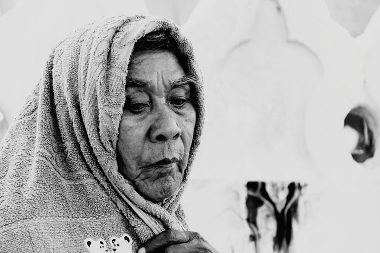 The Old Man Portrait Warm Clothing Headshot Human Face White Background Women Close-up Thoughtful Head And Shoulders Asian  Snow Covered