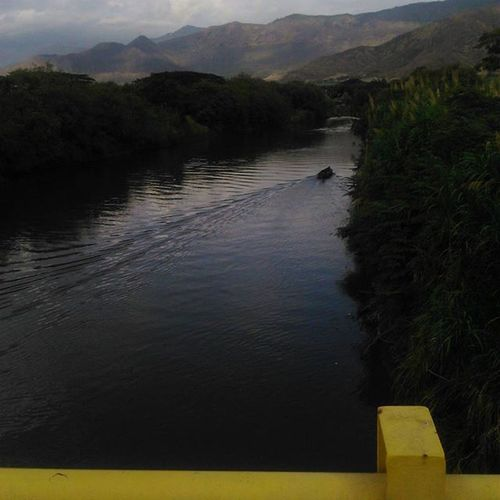 Riocauca River Yumbo Cauca Bridge