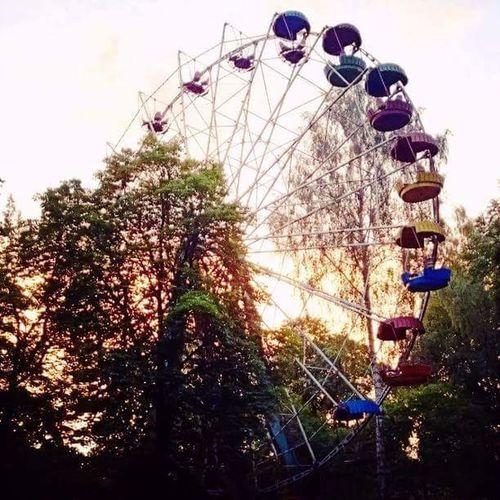 Old Ferris Wheel Amusement Parks Lithuania 🎈👻
