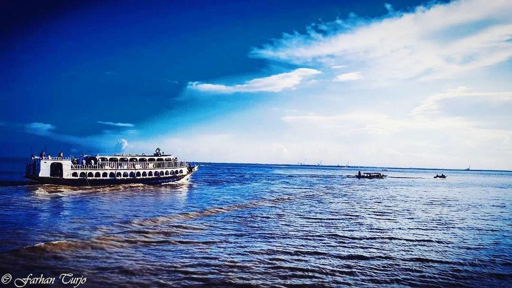 Blue every where... Sky EyeEmNewHere Beauty In Nature Dramatic Sky Cloud - Sky Beautiful Sky Blue Sky Blue Everywhere Riverside Photography Bangladesh 🇧🇩 Water Transportation River Life The Week On EyeEm