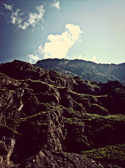 Green Sky Nature Cusco Mountains