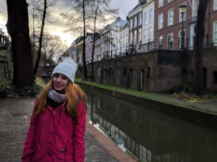 Utrecht Warm Clothing Portrait City Smiling Women Cold Temperature Winter Looking At Camera Happiness Beautiful Woman Canal Hood - Clothing Arch Bridge Mooring Post Knit Hat