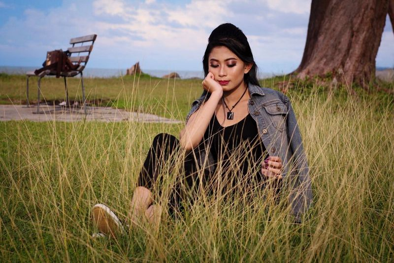 Relax Grass One Person Nature Field Young Adult Outdoors Leisure Activity Landscape Young Women Beautiful Woman Lifestyles Sky Real People Women Relaxation