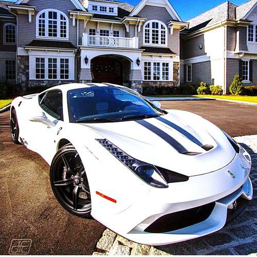 Ferrari 😍💗