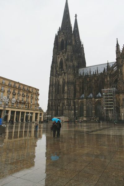 Rainy days... Köln EyeEm Deutschland Deutschland Taking Photos Fresh 3 Getting Inspired Streetphotography Reflection Urban Landscape