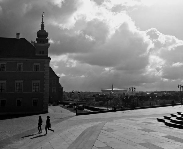 People City Built Structure Outdoors Travel Destinations Bnw_worldwide Bnw_planet Bnwphotography Bnw_life Bnw Bnw_society Warsaw Poland Cityscape Sky History Warsaw Old Town French MOVIE Vibe EyeEmNewHere The Street Photographer - 2017 EyeEm Awards EyeEmNewHere