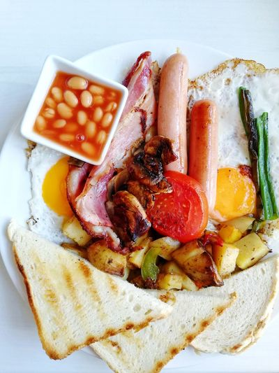 Delicious English breakfast with grilled bacon, sausage, fried eggs, toast and vegetables ready to be served Food Food And Drink Sausage Tasty Delicious Morning Eating Eating Healthy Enjoying Life Enjoying A Meal Beans On Toast Enjoying A Meal Eggs For Breakfast Toasted Bread Tastyfood Food Photography Colorful Breakfast Time Ready-to-eat Close-up Food And Drink Toasted Bread Comfort Food Continental Breakfast Baked Beans Bacon Fried Egg Toasted English Breakfast Served