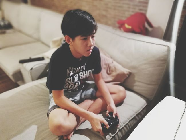 game boy Teen Boy Electronic Games Videogames Joystick EyeEm Selects Sitting Domestic Life Domestic Room