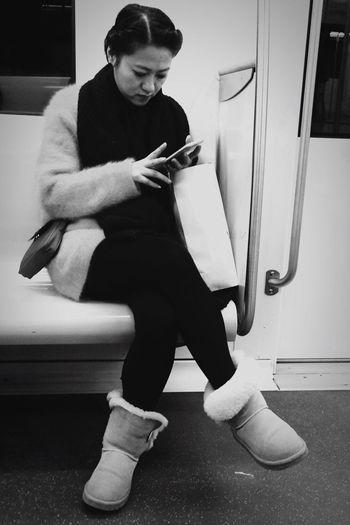 Blackandwhite Subway People IPhoneography Shanghai Blavk And White Blackandwhitephotography Blackandwhite Photography Black And White Black&white