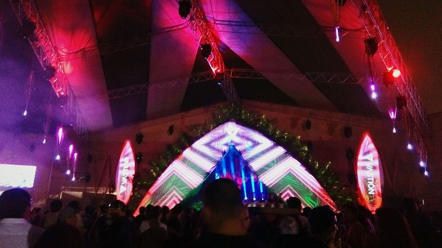 Eat sleep rave repeat 🙌 Rave Techno Music Party Hard NeonSafari Lucianocadenzaofficial Tb