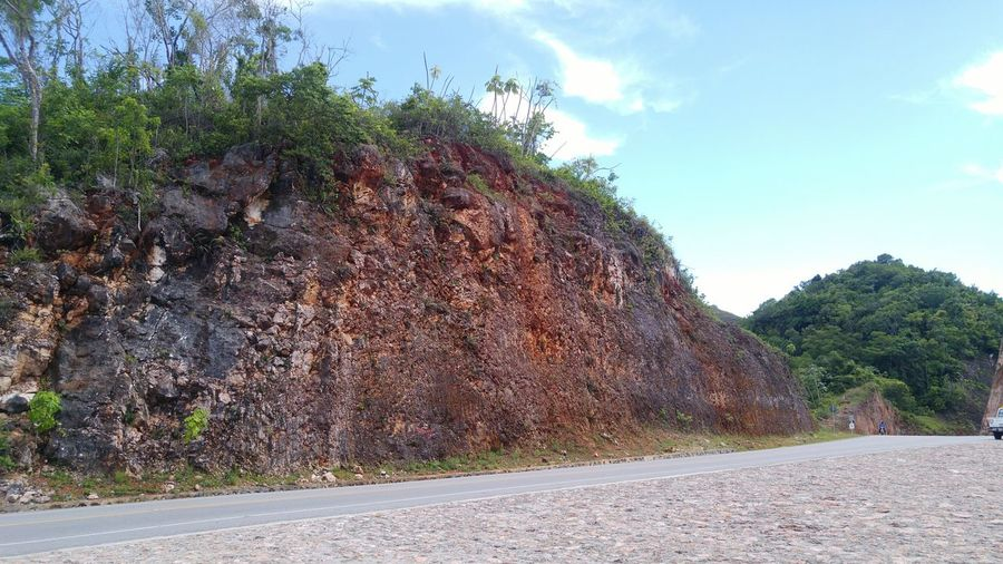 Mountain Roadside Engineering Check This Out Dominican Republic Geotechnical Rock Formation Road Development Highwayphotography Las Terrenas Dominicanrepublic