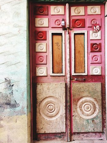 Vintage Vintage Old Buildings Old-fashioned Old Door Wood - Material Entrance No People Architecture Built Structure Building Exterior Day Outdoors Close-up