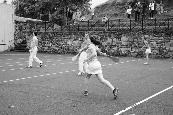 Girl Forehand Check This Out Fujifilm_xseries Fujifilmxe2 Fujifilm X-E2 Fujixe2 Street Photography Streetphotography Blackandwhite Black And White Black & White Blackandwhite Photography Streetphoto_bw Streetphotography_bw Black And White Photography Espelette Pelota Sport Racket BasqueCountry Basque Country Wall Forehand Tennis 🎾