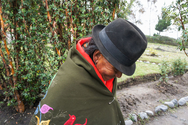 Ecuador woman. This Is Aging Woman Aging Cap Clothing Ecuador Ecuador🇪🇨 Etnic Etnic_wear Etnico Hat Lifestyles One Person Outdoors Real People Senior Adult This Is Aging
