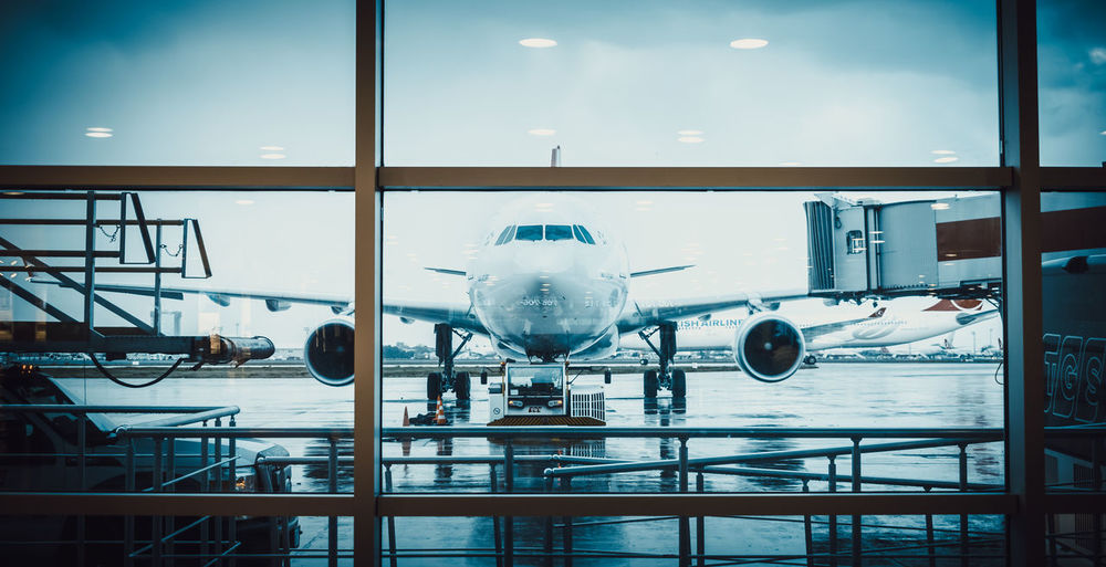 Ready to fly ? Wings Jet Engine Plane Aircraft Wing Aircraft Travel Traveling Technology Futuristic Airport Business Finance And Industry Airport Terminal Airport Departure Area Passenger Boarding Bridge Arrival Departure Board Airport Runway Transportation Building - Type Of Building EyeEmNewHere