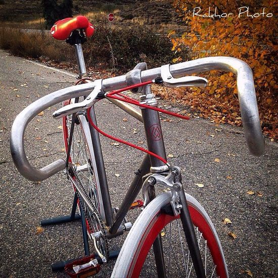 Red Racer Restoration by Rakhor Rakhor Restoration Personalized Handmade Handbuilt Bicicleta Cycle Fixie Custom Hecho A Mano