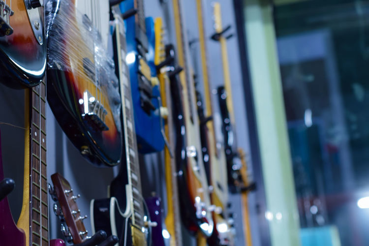 Guitar sets in music player for sale