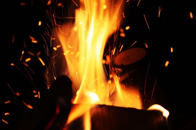 Fire - Natural Phenomenon Flame Burning Heat - Temperature Wood - Material Wood Burning Wood Night Orange Color Motion No People Bonfire Outdoors Feuerstelle Silence Rethink Things Wonderful EyeEm Best Shots EyeEm Gallery EyeEm Selects