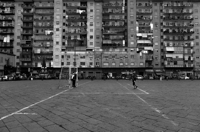 #napoli Architecture Block City Football Fujifilm Fujifilm_xseries Italy Kids Life Monochrome Outdoors Streetphotography