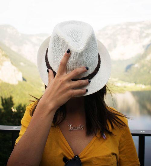 ♡ to travel Picioarecalatoare Haihuiprinlume Romaniantraveler Romaniangirl Traveltheworld Travelgirl Explore Snapshots of Life Travel Hallstatt Hallstatt, Austria Lovetotravel Adventure Explore ExploreEverything Explore Austria