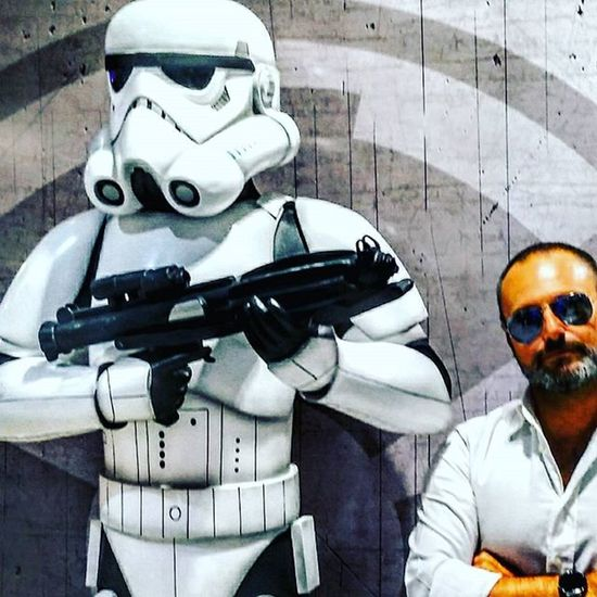 """Are you looking for a droids,dude?"" Starwars Starwarsnerd Starwarsfans Stormtrooper Nikeplus Runner Moviescene Moviemaker Movieface Webseries Videomaker Seriestv Tvseries Iliveinamovie"