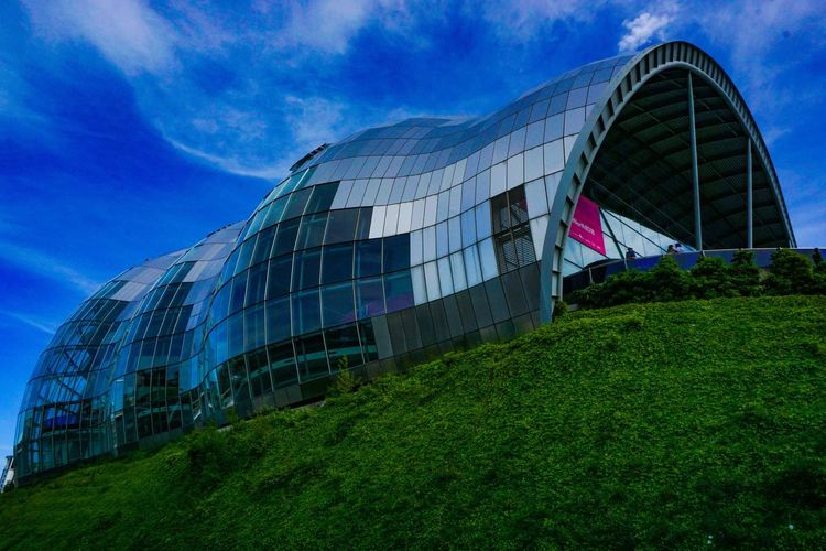 Gateshead Newcastle Upon Tyne The Sage The Architect - 2017 EyeEm Awards Built Structure Architecture Sky Building Exterior Modern Nature Building
