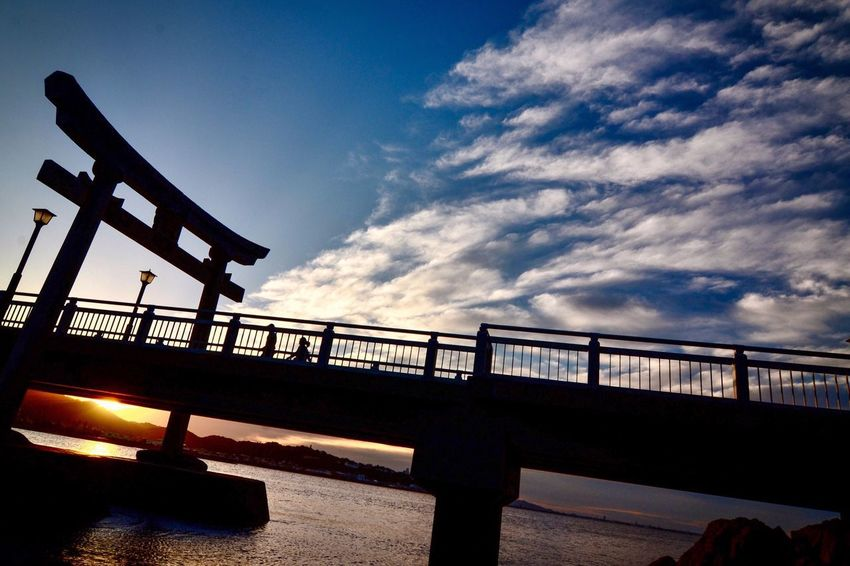 朝焼け 神社 Landscape EyeEm Gallery The Week on EyeEm Sky Built Structure Architecture Bridge Bridge - Man Made Structure Nature Cloud - Sky