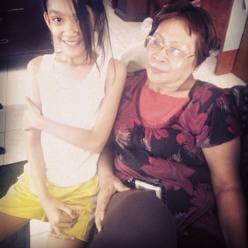 "My awesum MOM and my niece.. ?? she my mom wud alweys tell me.. ""watevur you do, you do with no regrets.. "" ? Momraisedaman Famiiilybringsgladdays Sundayfresh"