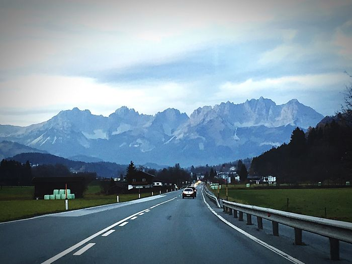 Wilderkaiser Beautiful View Kitzbühel Road Mountain Landscape The Way Forward Beauty In Nature Car Mountain Range Nature Alps Tirol  Austria Tirol From My View Transportation