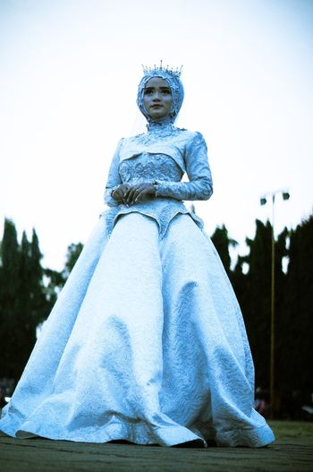 the lost princes Beauty Hijab INDONESIA Wedding Photos Wedding The Wedding Sky Art And Craft Human Representation Representation Sculpture Clear Sky Creativity Blue Day Outdoors