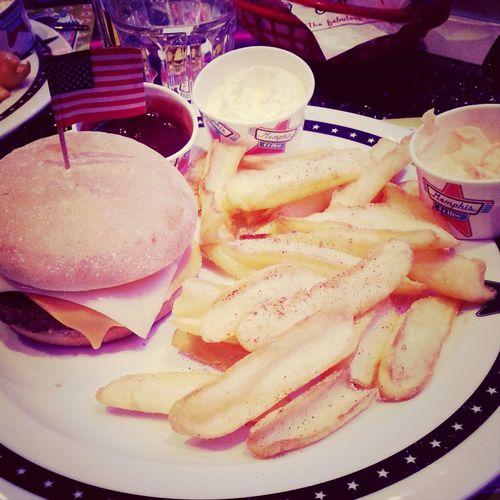 cheeseburger Enjoying A Meal Food