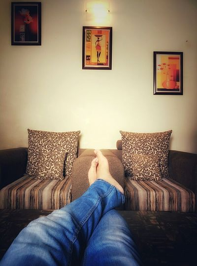 Sunday Morning Indoors  Sofa Relaxation Personal Perspective House Comfortable Happy Sundayy !♥