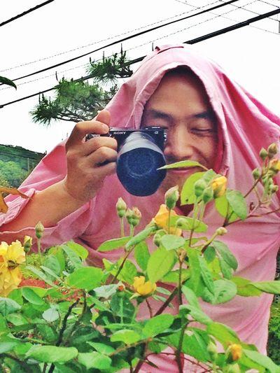 Me.taking a picture of roses. That's Me Taking Photos Enjoying Life Jamira Selfportrait