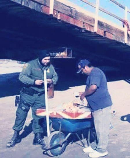 E.U.A. & MEX trading... Police USA Mexico Tijuana