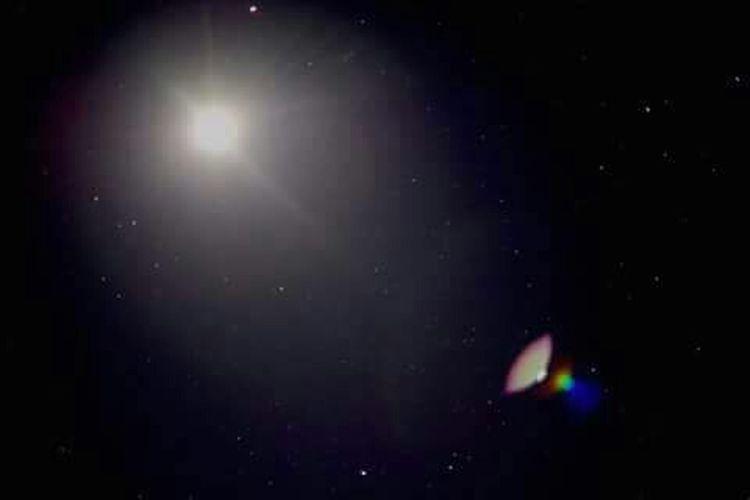 Moon Moonlight Moonflare Spacecraft Taking Photos Stars NightphotographyLong Exposure Timetravel Lens Flare StellarGalaxy