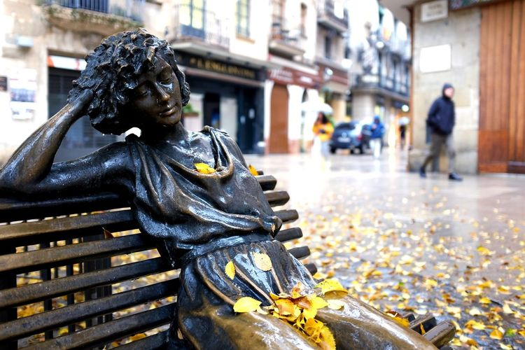 Leaves Leaves🌿 Leaves_collection Leaves 🍁 Fall Fallen Leaf Autumn Mood City Close-up Statue Sculpture Golden Color Human Representation Art City Street Street Female Likeness